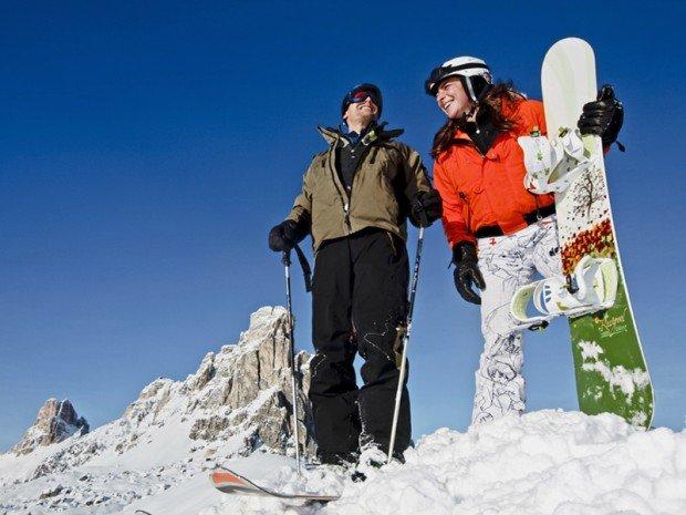 """Cortina d' Ampezzo Skiboarding"""