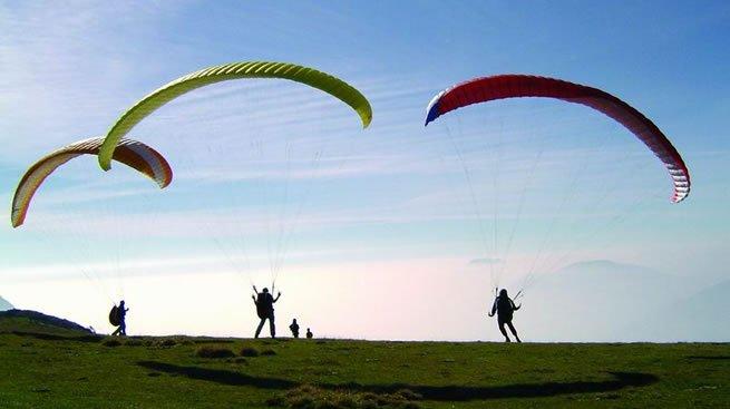 paraglider med surfbræt