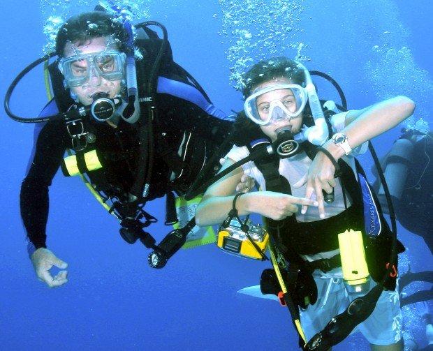 """""""Scuba Diving Hanson Bay"""""""