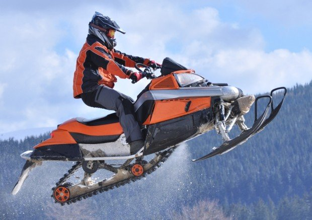 """Fterolakka, Parnassos snowmobiling"""