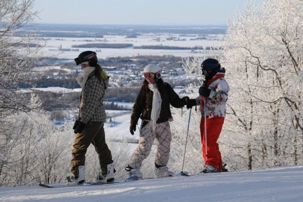 """Mont Gleason Snowboarding"""