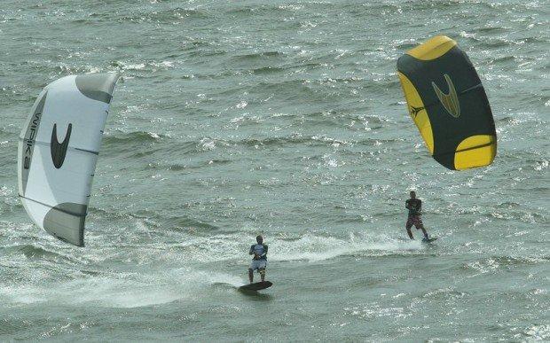 """""""Chale Island Kitesurfing"""""""