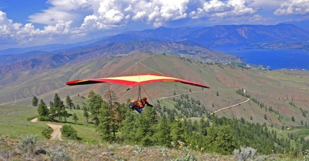 """Hang Gliding Chelan Butte Launch"""