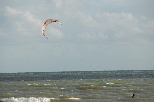 """Henley Beach, Kitesurfing"""