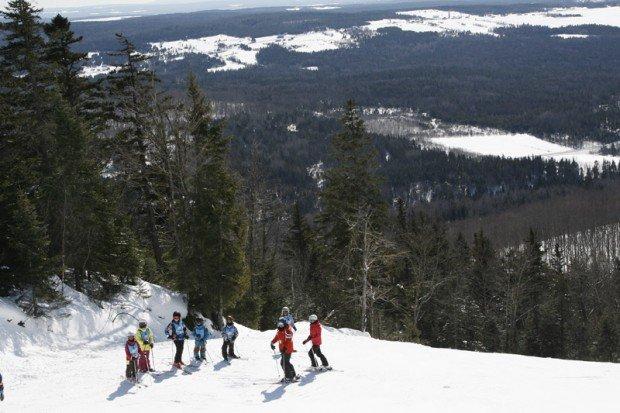 """Mont Orignal Skiers"""