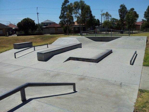 """""""Royal Park Skatepark"""""""