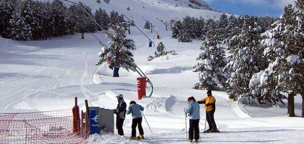 """""""Skiers at Spain"""""""