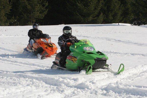 """Snowmobiling Salmon La Sac Snow Park"""