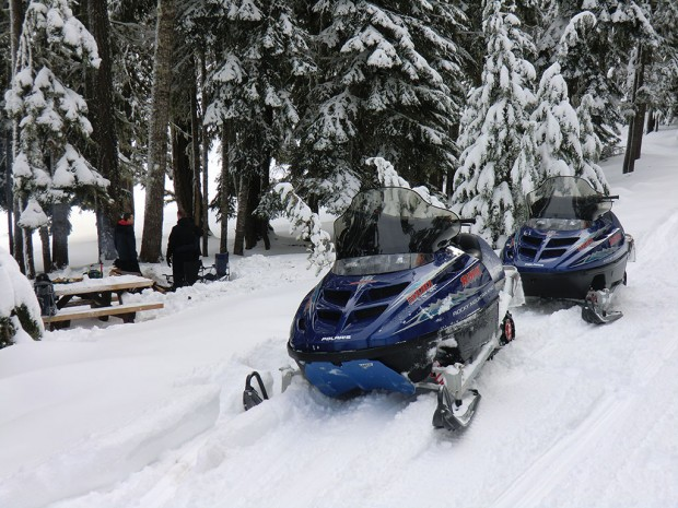"""""""Snowmobiling Teanaway-29 Pines Staging Area"""""""
