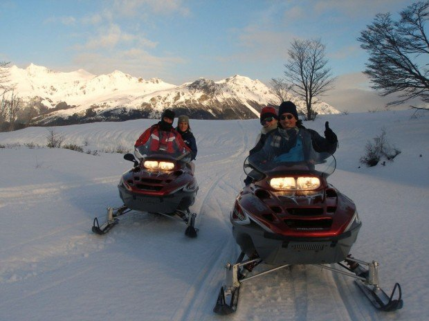 """Snowmobiling Valle Tierra Mayor"""