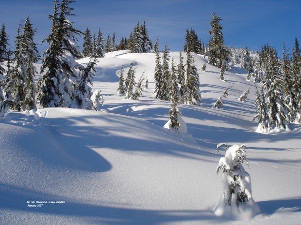 """""""Snowshoeing Lake-Valhalla-Trail"""""""