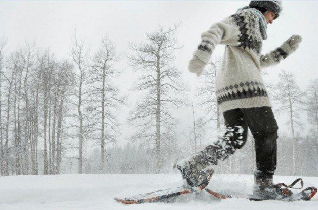 """Snowshoeing Thorp-Mountain-Trail"""