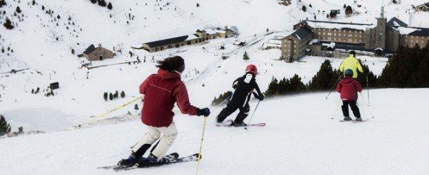 """Vall de Nuria skiing """