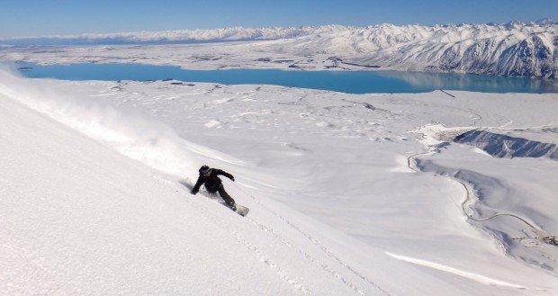 """Centre de Ski Mont Castor Snowboarding"""