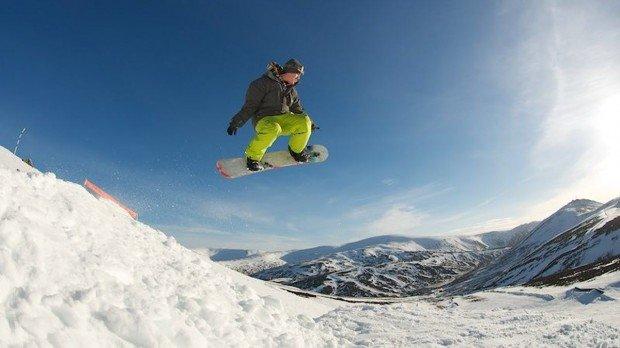 """Glenshee Snowboarding"""