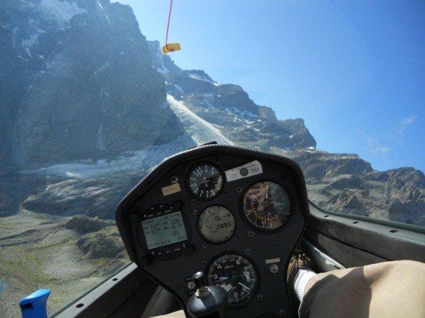 """Spain Gliding"""