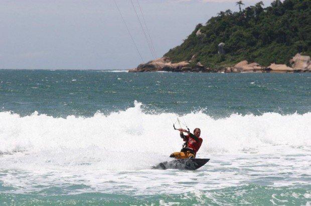 """Kitesurfing at Florianopolis"""