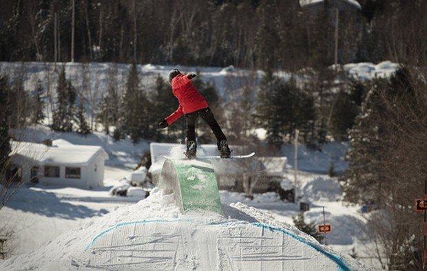 """Mont Garceau Snowboarding"""