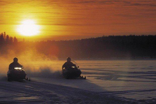 """Mont Garceau Snowmobiling"""