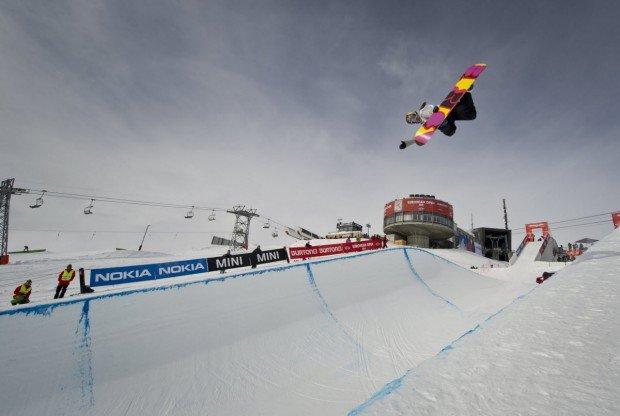 """Snowboarding at Ski Mont Gabriel"""