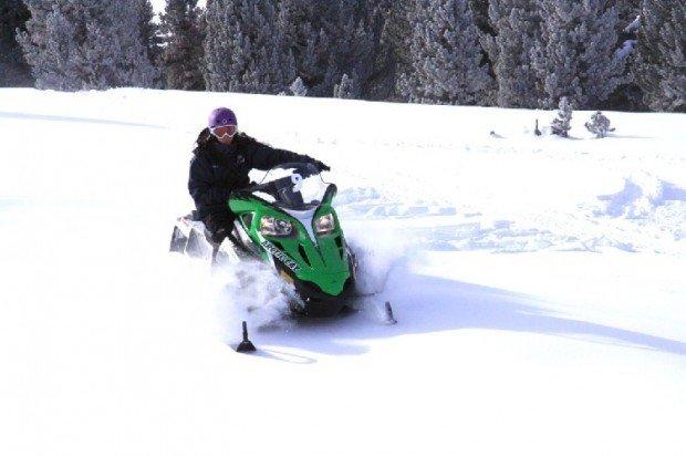 """Snowmobiling Canada"""