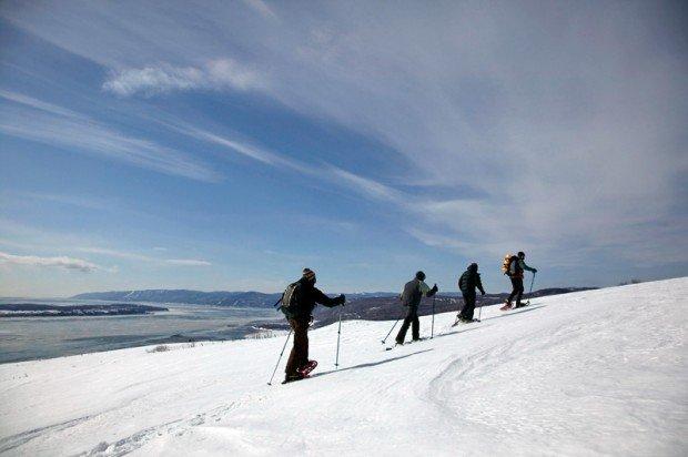 """Snowshoeing Quebec paths"""