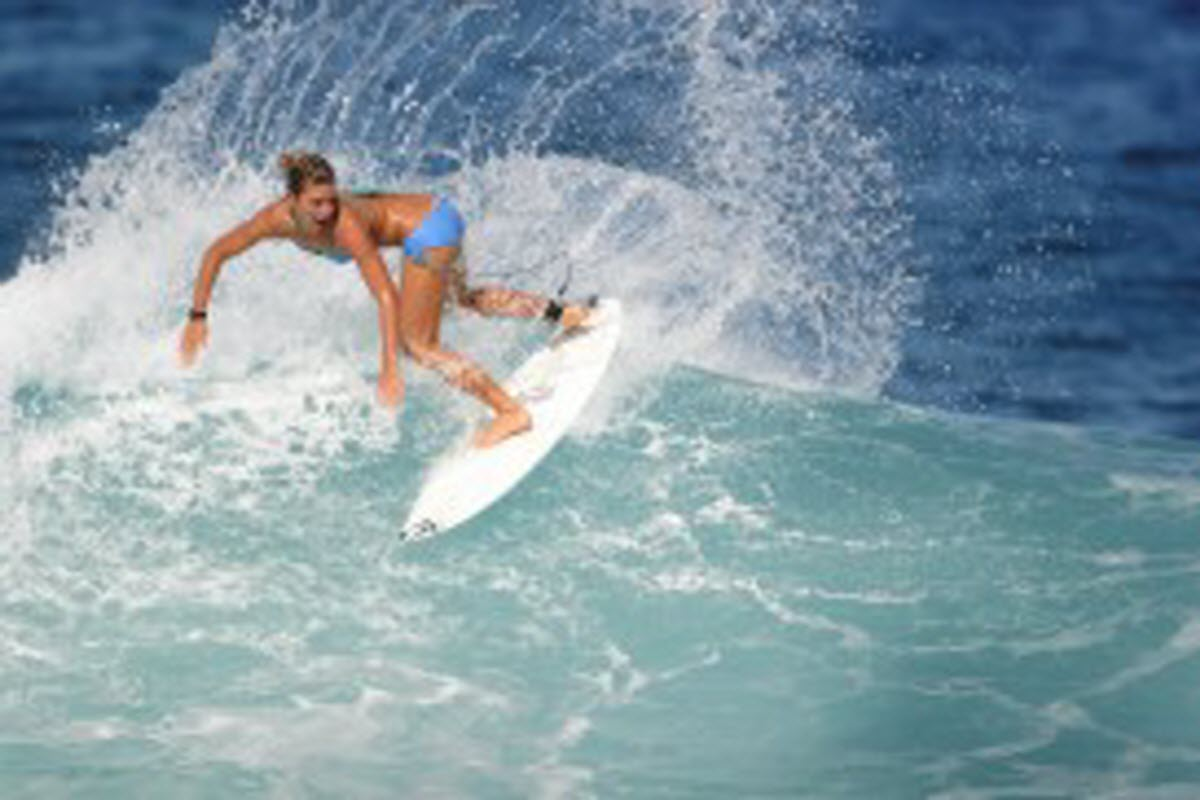 Surfing Egypt Beach Scituate Massachusetts Usa