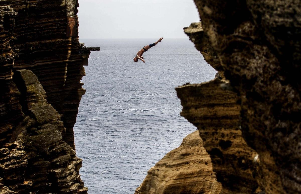 Cliff Diving Islet Vila Franca Do Campo São Miguel Island Azores Portugal