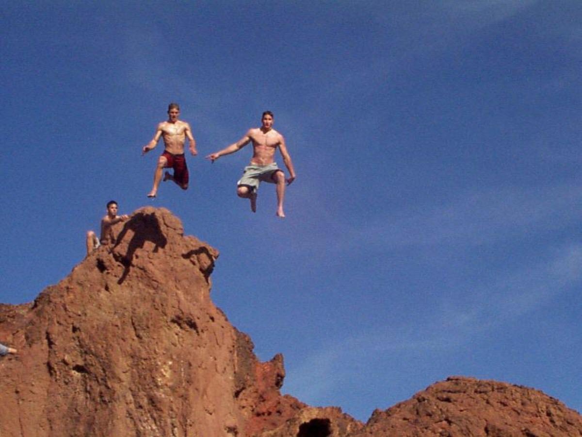 Cliff diving lake havasu lake havasu city california usa - The cliff dive ...
