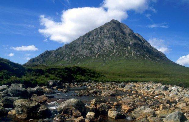 """Mountaineering at Buachaille Etive Mor (Stob Dearg)"""