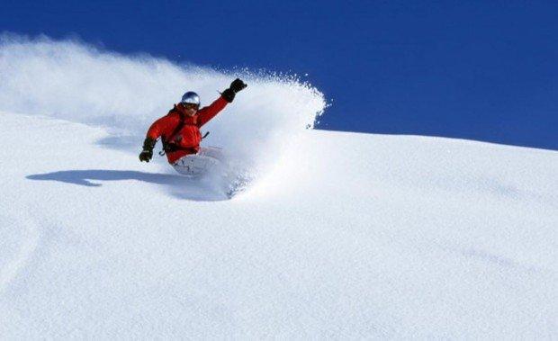 """Snowboarding at Jiminy Peak Mountain Resort"""