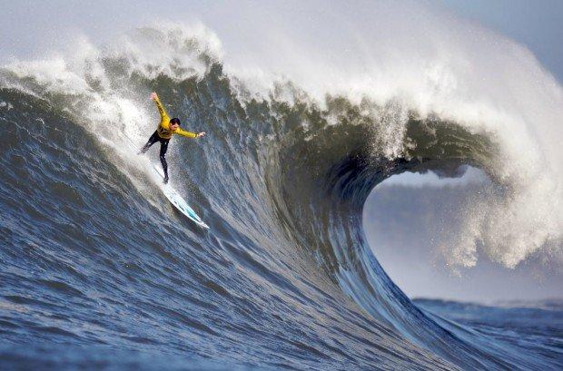 """Voodoo Surfer"""