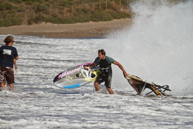 """Windsurf in Kouremenos Palekastro"""
