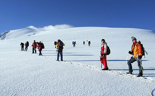 """Mountain Climbing in Ararat"""