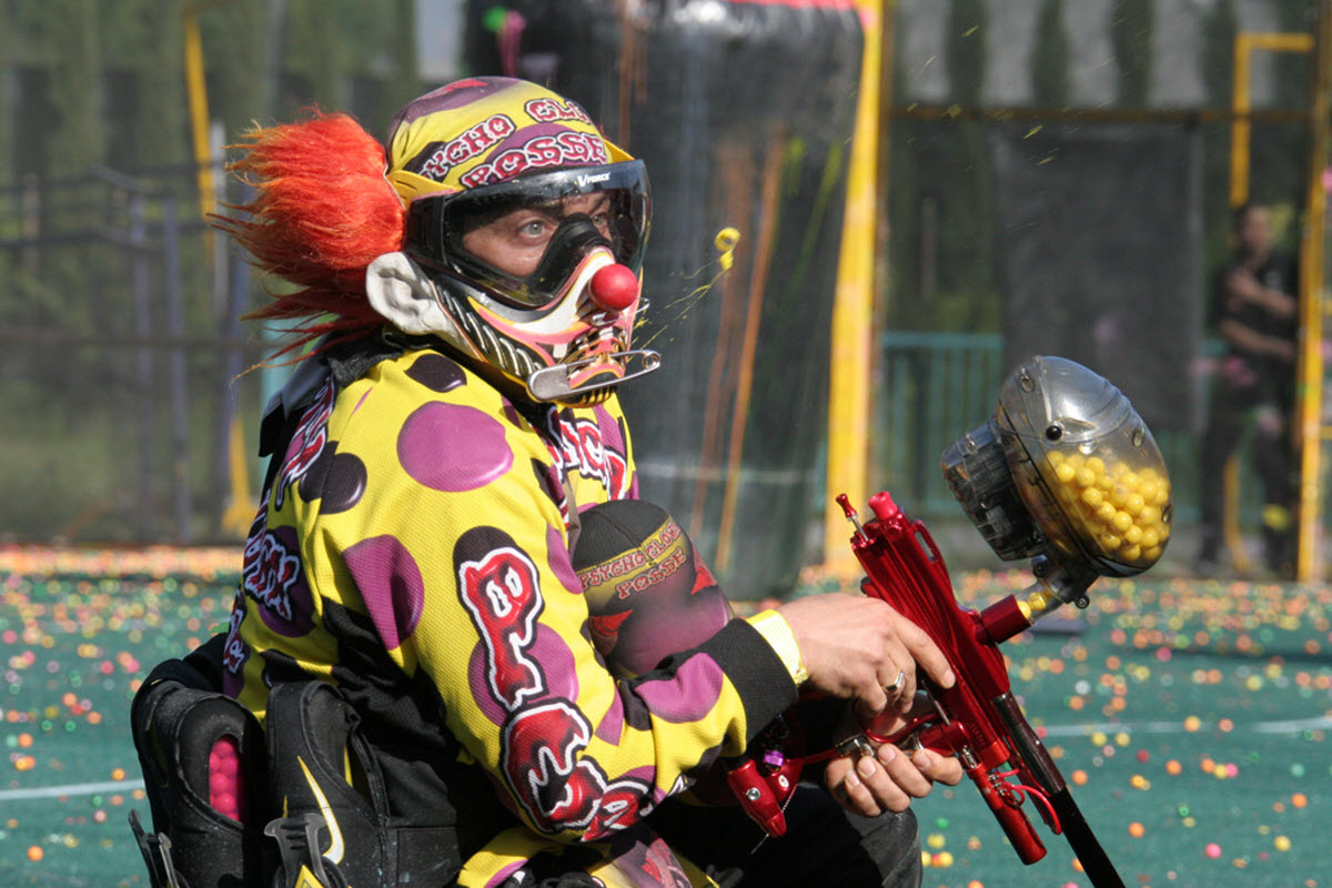 the thrills of the sport of paintball Clash of arrows is victoria's only archery tag activity we offer birthday parties, corporate team building events, drop-ins, leagues and much more.