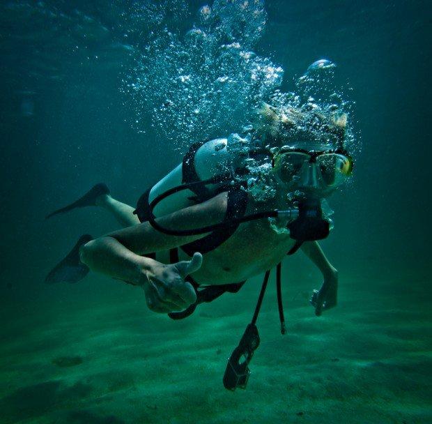 """Scuba Diving at Cottesloe Beach Perth"""