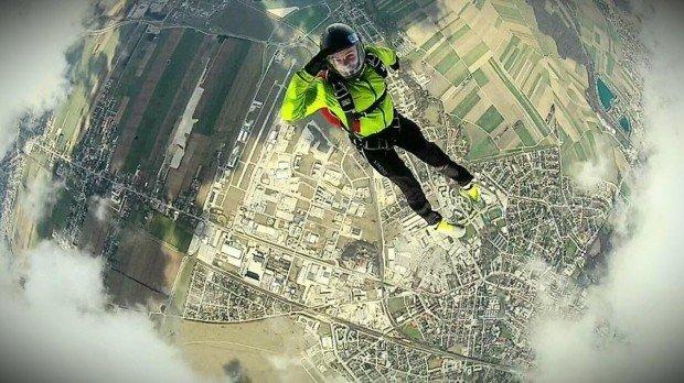 """""""Skydiver in Wiener Neustadt"""""""