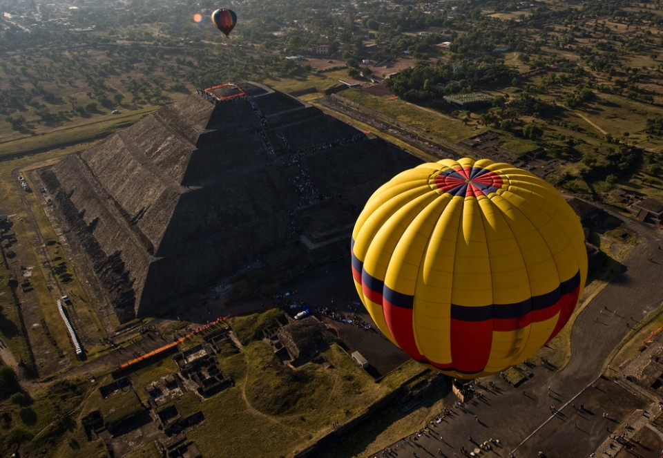 Hot Air Ballooning The Teotihuacan Pyramids San Juan