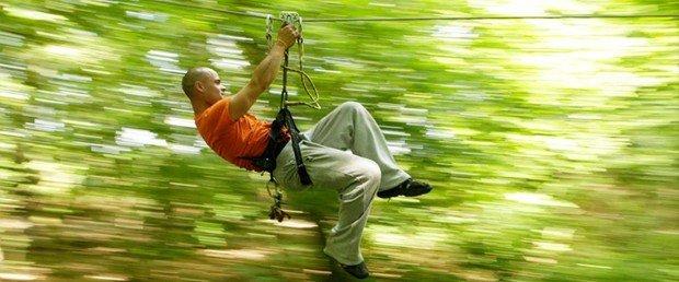 """Canopy fun in Parc Sainte Assise"""