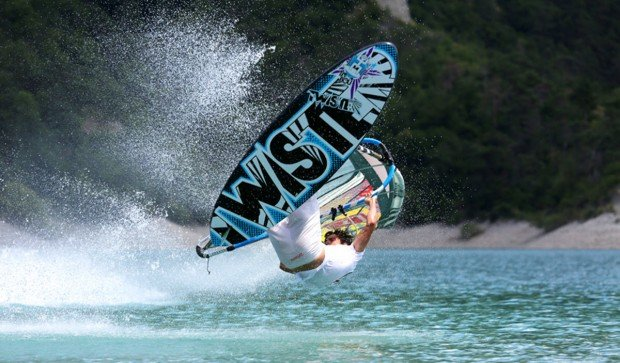 """Lac de Monteynard Windsurfing"""