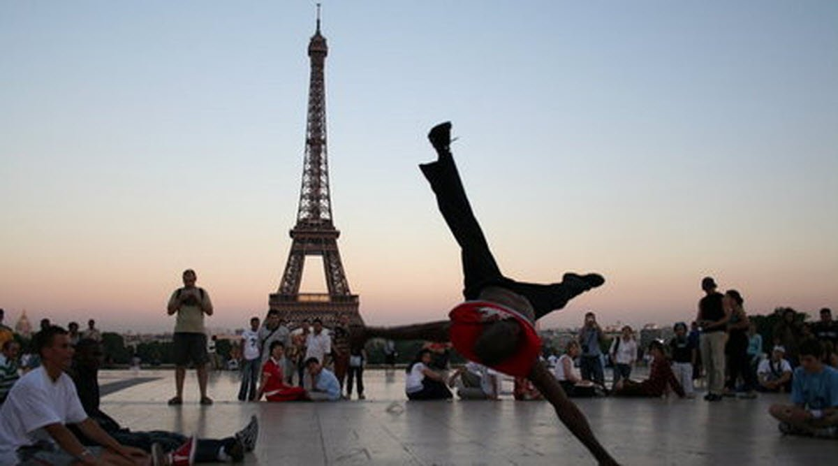 Le Parkour Street Climbing Paris Ile De France France