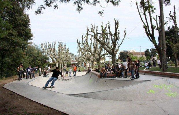 """Mandelieu-la-Napoule Skatepark Skateboarding"""