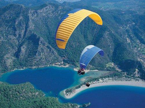 """Paragliding in Ölüdenız bay"""