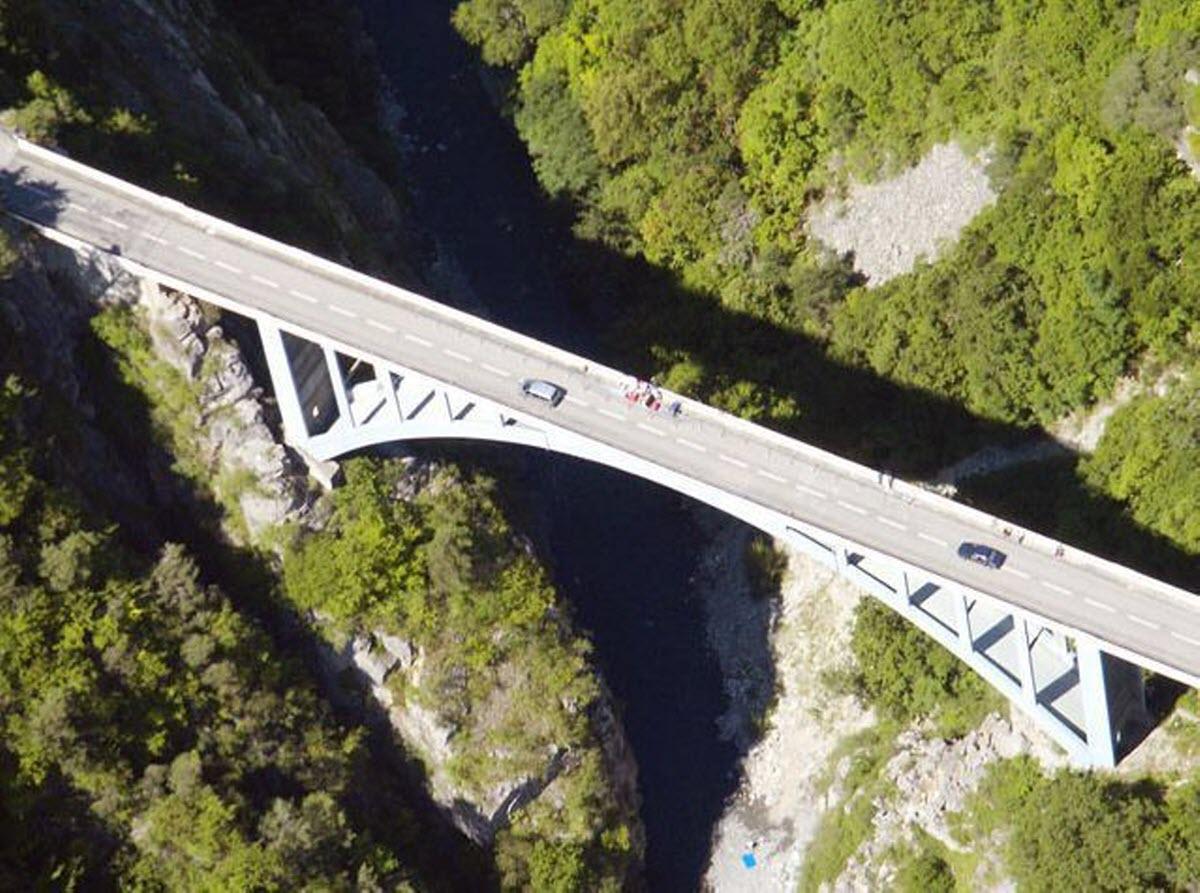 Bungee Jumping Le Pont De Ponsonnas Grenoble Rhone Alpes