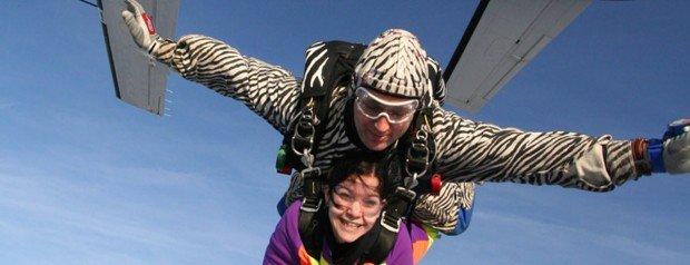 """Skydiving in Airport Le Havre Octeville sur Mer"""
