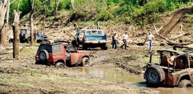 """Possum Creek ATV Park Four Wheel Driving"""