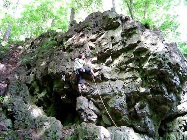 """""""Rochers de Marche-les-Dames Rock Climbing"""""""