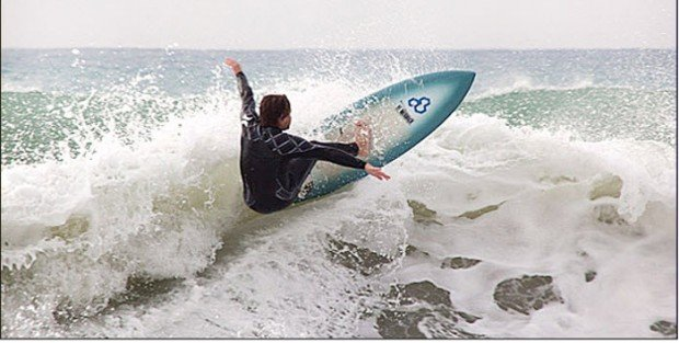 """Loutsa Surfing"""