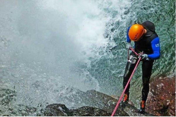"""""""Kerenkali Gitgit Waterfall Canyoning"""""""