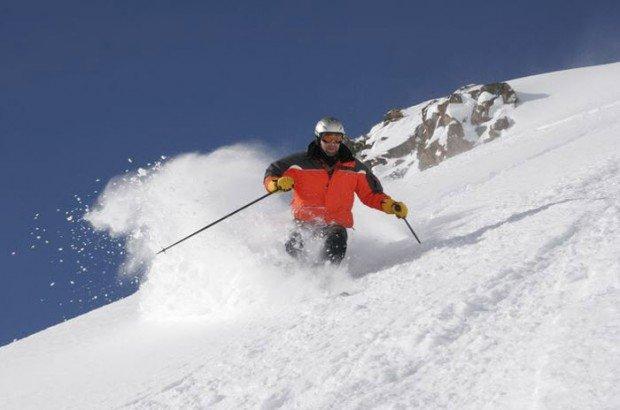 """Heli Skier in Cheget"""